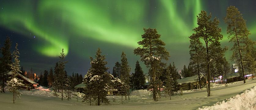 Finland_Saariselka_saariselka_inn_cabin_northern_lights.jpg